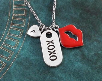 XOXO Necklace, Valentine's Day Gift, Red Lips Necklace, XOXO Pendant, Valentine's Jewelry, Girlfriend Gift, Anniversary Gift, Kiss Necklace