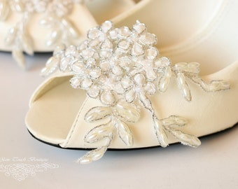 Bridal Lace Shoe Clips , Shoe Clips, lace shoe clip, bridal shoe clips,wedding shoe clips,vintage wedding