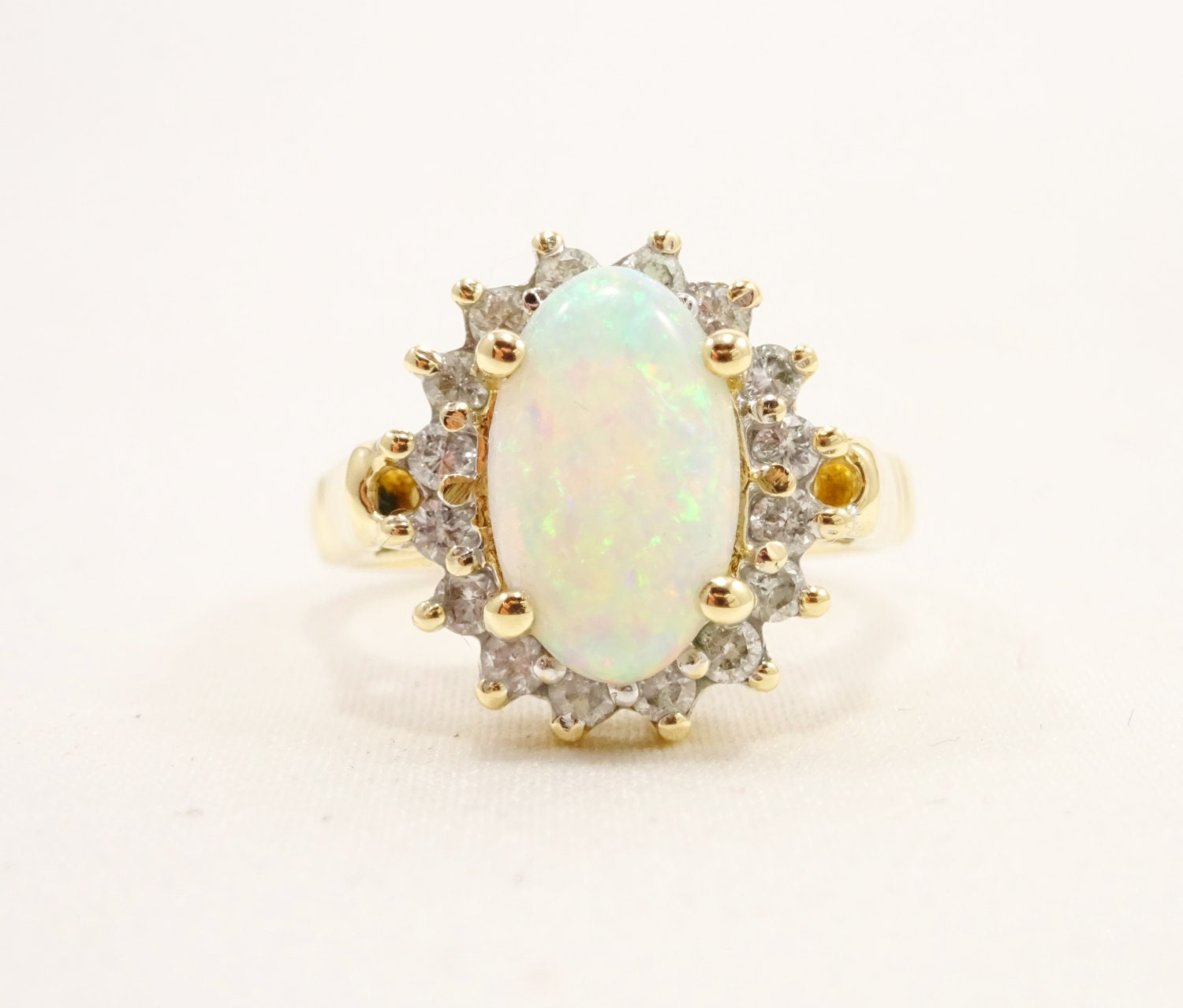 14k solid yellow gold opal ring by mistertomsvintage