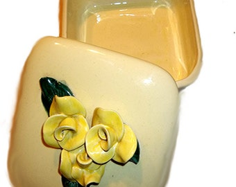 On Sale...Was 24.99...Beautiful Pale Yellow Trinket Box