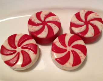 12 Peppermint White Chocolate Covered Oreos