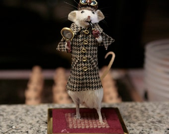 Taxidermy Mouse Sherlock Holmes 4/5