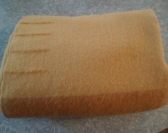 "REDUCED~Vintage 50's/60's Eaton's Trapper Point All Wool Blanket 68"" x 86"" Gold Four Points~Camp/Rug Braiding/Hooking/Sewing"