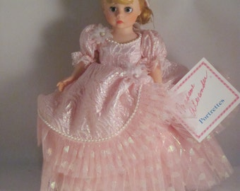 American Beauty - Madame Alexander Portrettes Doll - Vintage 1980's