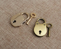 1 set of  Lovely Rounded shaped mini Padlock for Day Collar - Mini Padlock for Bag Suitcase or Backpack, Notebook Lock, Real Lock, 4 Colors