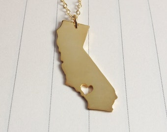 Personalized California Necklace,California State Charm Necklace,CA State Necklace,Silver State Necklace,State Shaped Necklace  With A Heart