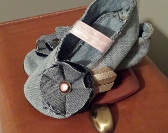 Shabby-Chic Denim & Flower Mary Jane Baby and Toddler Shoes