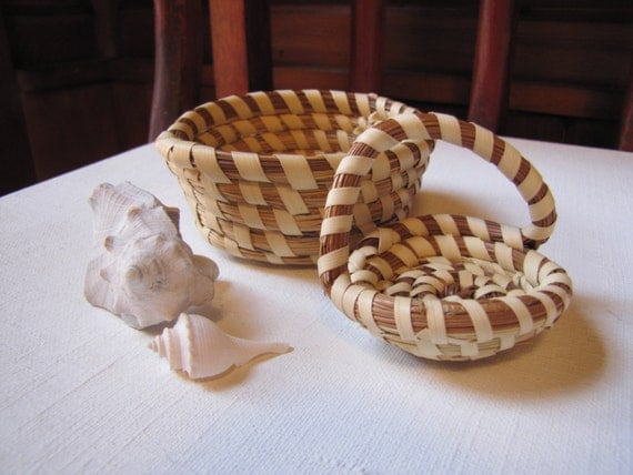 Handmade Baskets In South Carolina : Vintage gullah native south carolina lowcountry coiled sweet