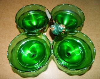 Holiday Desert Bowls Easter Emerald Green Glass Saint Patricks Day Sherbet Bowls, Christmas Dishes Glassware Formal Dinner Wedding Party