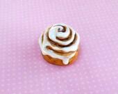 Cinnamon Roll Magnet, Food Magnet, Clay Food Magnet, Cinnamon Bun, Miniature Food Magnet
