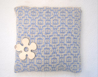 """Cream  blue mosaic tiled cotton cushion cover , hand knit summer throw pillow , morocco tile pattern - 18"""" x 18"""" with zip fastening"""