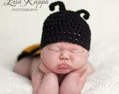 Newborn Bumble Bee Photo Prop Set, Hat and Cover, Boy or Girl