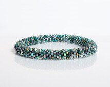 Nepal roll on Bracelet in multicolor green color / choose your SIZE: small (for kids), normal (for lady), big / supple, bead crochet