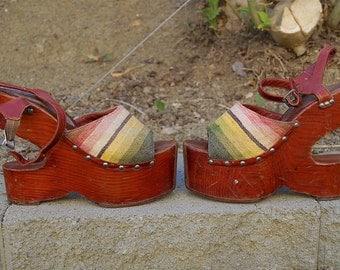 60s 70s Platform Sabots Bonnie Smith for Kimel Rare 1960s 1970s Wooden Platform Sandals Wood Cut Out Platform Shoes Serape Design Sz 9 / 8.5