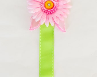 Hair Clip Holder, Pink Flower with Green Ribbon, pink leaves
