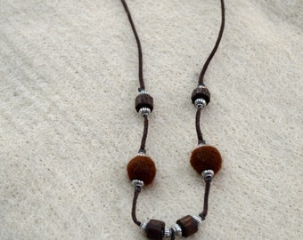 Alpaca fiber necklace
