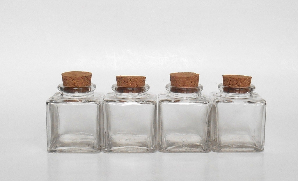 small clear glass square jars set 4 3 oz 90 ml with cork. Black Bedroom Furniture Sets. Home Design Ideas