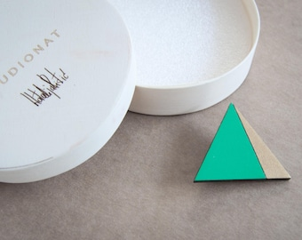 Triangle wooden brooch, green and gold, laser cut wood, handpainted with acrylic colors, eco frendly