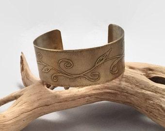 Brass Cuff Bracelet, Etched Ivy Cuff Bracelet, Adjustable Brass Bracelet, Handmade Art, Antique Brass Gold Cuff, Vine Jewelry