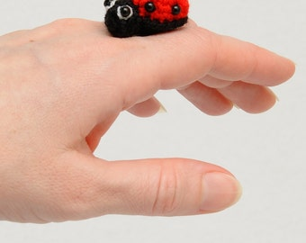 Ladybug pin stocking stuffers kids Crochet brooch Ladybird pins Brooch Ladybird Key Chain Ladybug Keychain Bag Charm crochet toy Ladybird