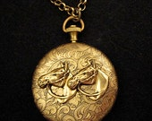 HORSE LOCKET NECKLACE Equestrian Jewelry Pendant Cowgirl Country Western Large Photo Locket Vintage Styl Gift Equine Quarter Horse Colt Pony