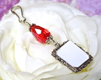 Wedding bouquet photo charm with red crystal teardrop. Bridal bouquet charm. Handmade gift for a bride. Small picture frame for bouquet.