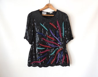 80s Abstract Sequin Top / Black Sequins / Short Sleeves / Scalloped Edge Hem / Multicolored Rainbow Sequins / Beaded Trophy Blouse / Medium