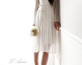 Short Ivory Vintage Style Long Sleeve Lace Wedding Bridal Dress for woodland beach wedding Ready to ship
