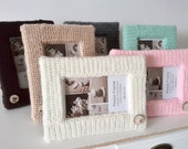 "Crochet picture frame with wooden button - unique photo frame - wool frame 4"" x 6"""