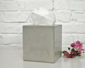 Concrete Tissue Box Cover / Kleenex Tissue Box Cover / Square Tissue Box Cover / Tissue Box Holder / Bathroom Organization