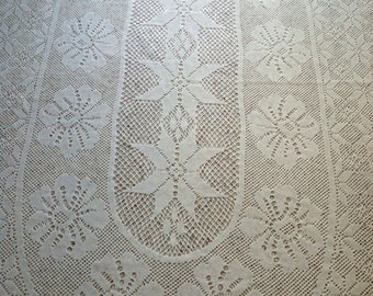 Tablecloth Square Ivory Lace