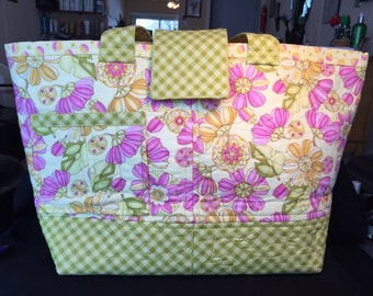 Pink and Green flowered, Large tote, purse, bag, Bright Flowers, hand quilted, Pockets Galore!