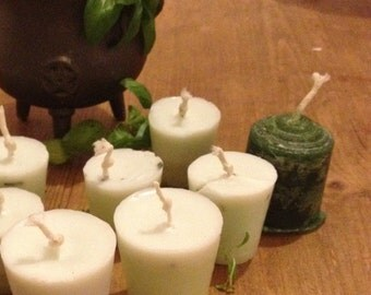Abundance Money Properity Aroma Spell Candle infused with basil mint and thyme comes with suggested ritual spell