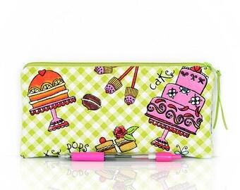 Cupcake pencil case, Zipper pouch, Make up bag, Pastry, Necessity bag, Gadget pouch, Cosmetic case, Cakes, Girls pouch, Canvas pen bag