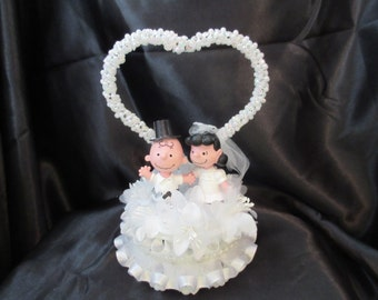 charlie brown wedding cake topper items similar to brown and great pumpkin 12505