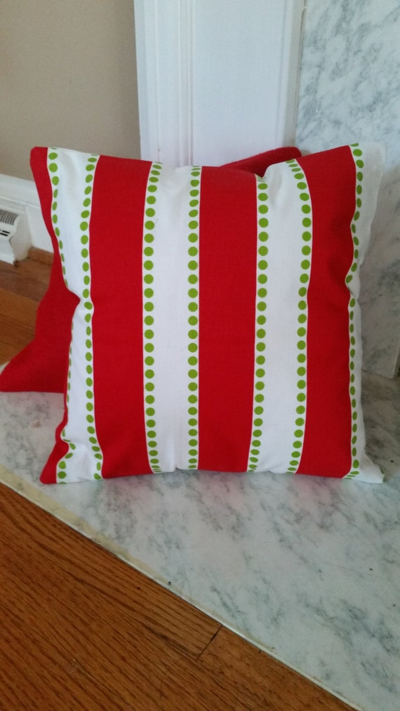How To Make Removable Throw Pillow Covers With Velcro Closure : Pillow Cover with Velcro Closure Red and White Board Stripes