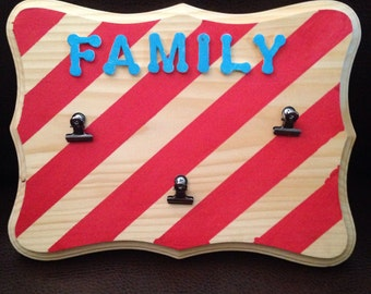 Family picture clip sign