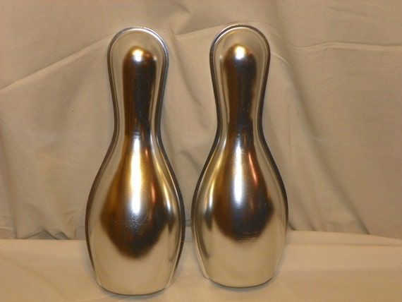 Vintage Wilton Bowling Pin Cake Pans 1972 By Cratesandcoconuts