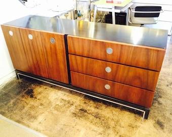 Florence Knoll Style Mid Century Walnut Sideboard Credenza Circular Chrome Door Pulls
