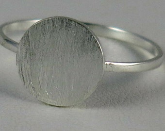 Sterling silver 925 small circle ring