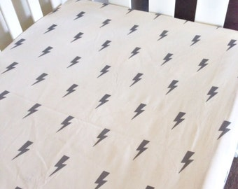 Modern Fitted Crib Sheet, Baby cot Sheet, Lightning bolt baby bedding. Grey lightning bolt baby sheets.