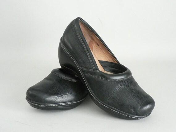 womens black wedge heel walking shoes size 9 by