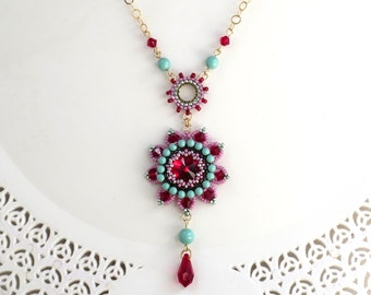 Flower statement necklace, Flower necklace, Long pendant necklace, Flower pendant necklace, Wife gift, Crystal drop necklace, Floral jewelry