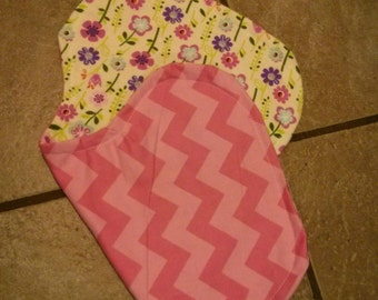 Reversible pink burp cloth