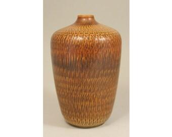 Stoneware vase, Gunnar Nylund, Boveskov, Denmark. Mid Century Scandinavian Art Pottery