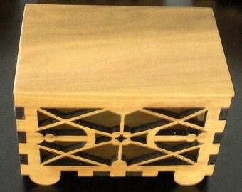 Potpourri - Fret Work Box