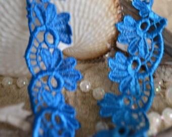 blue lace, 3cm wide, leaf design, ebmbroidered, trim, applique, decorative. (bl006)
