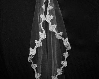 Audrey Veil: Alencon Lace Mantilla Veil