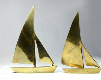 Vintage Solid Brass Leonard Silver Mfg Sailboats. Brass Boats. Vintage Sail Boats. Brass Ships. Sailor Decor. Nautical Decor. #51211