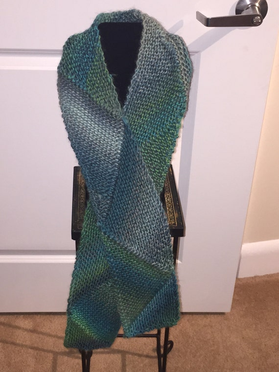 Handmade Knitted Multi-directional Scarf